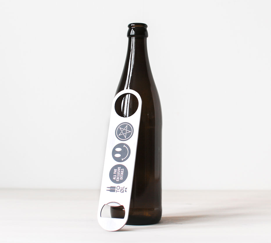 To Øl - Bottle opener